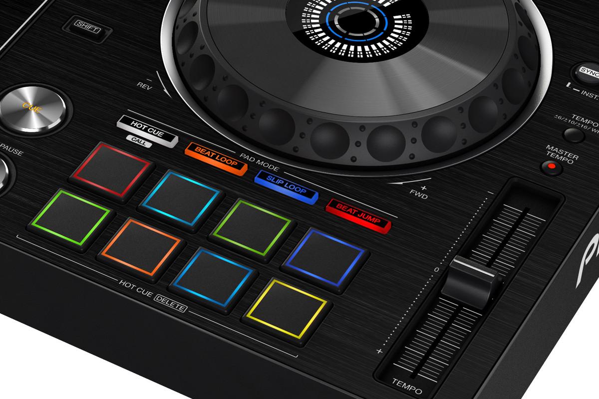 Pioneer DJ XDJ-RX2 pads